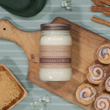 16oz Jar of Cinnamon Bun Soy Candle